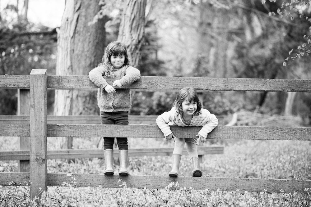 MONOCHROME PORTRAIT WOODS SISTERS