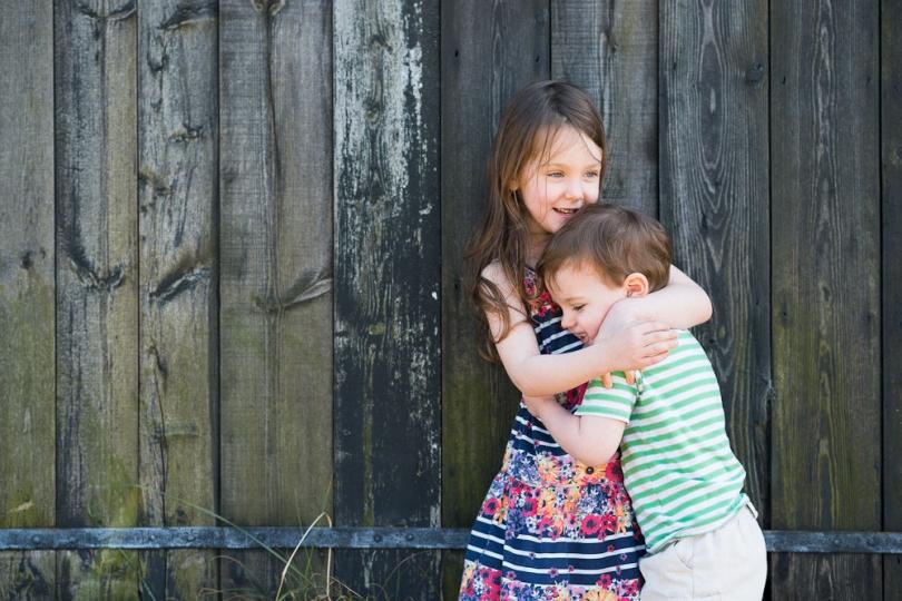 HUGGING CHILDREN PORTRAIT