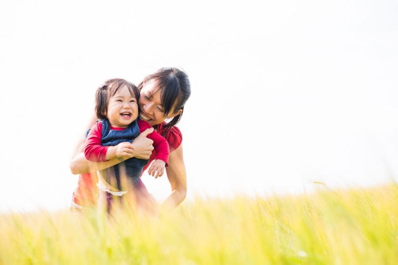 FAMILY HAVING FUN PHOTOGRAPH