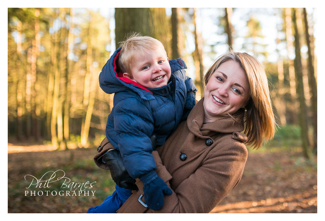 MOTHERS DAY PRESENT PHOTOGRAPHY VOUCHER SESSIONS