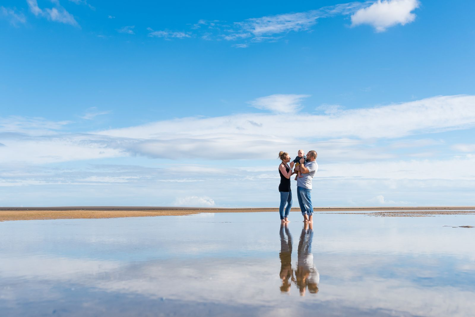 FAMILY PHOTOGRAPHER AT THE BEACH NORFOLK UK